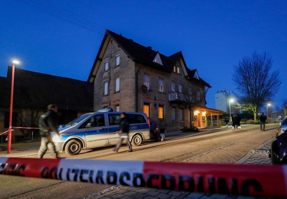 Almanya'da silahlı saldırı: 6 ölü galerisi resim 9