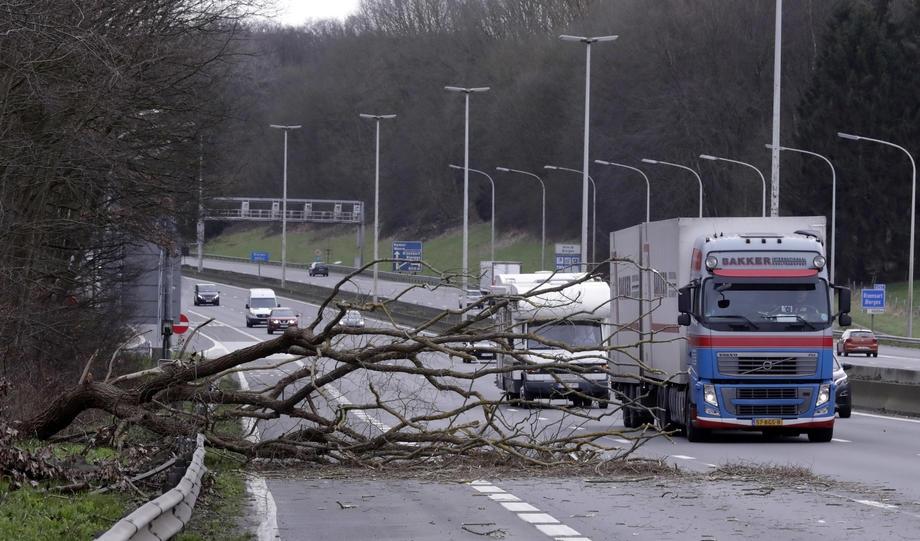 Avrupa fırtınaya teslim galerisi resim 1