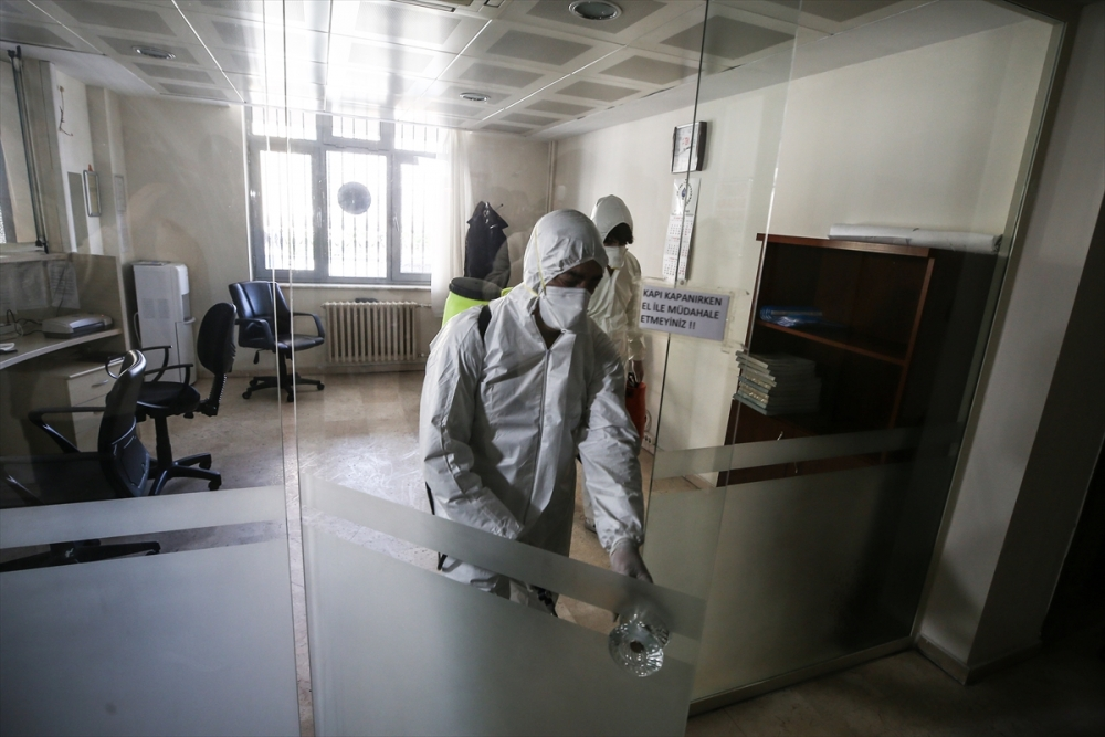 Avrupa'daki Türk vatandaşları tahliye ediliyor galerisi resim 15