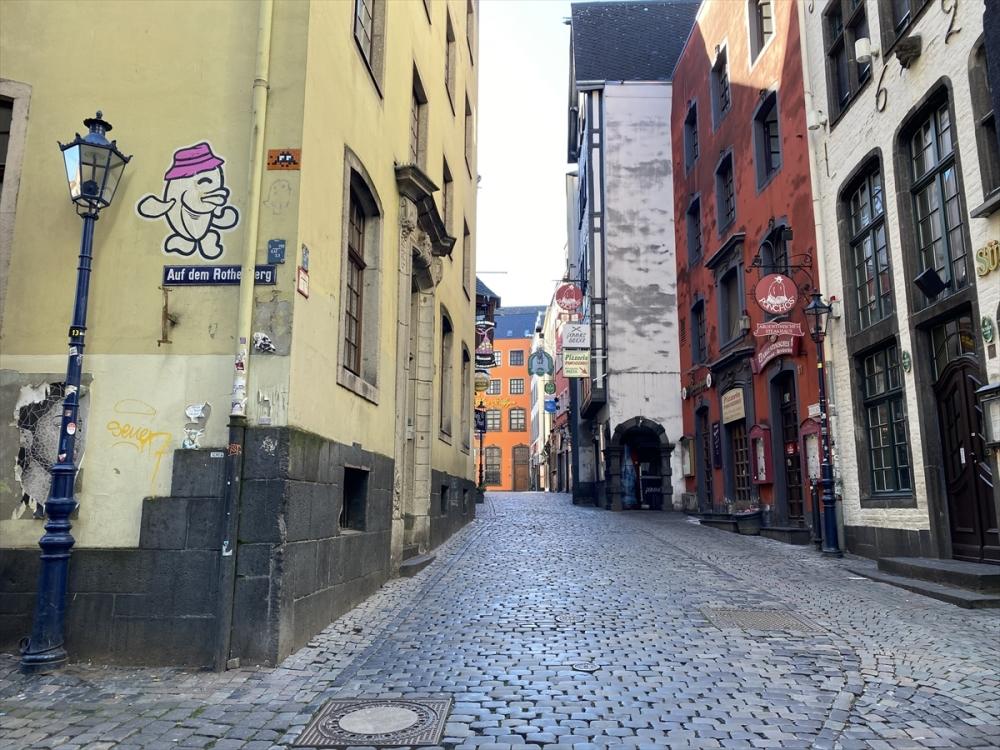 Almanya'da ikiden fazla kişinin bir araya gelmesi yasaklandı galerisi resim 6