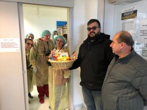 Almanya'daki Türklerden sağlıkçılara destek ziyareti
