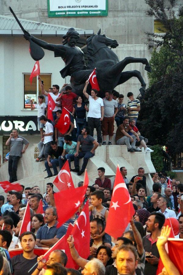 Yurttan darbe girişimi protestoları galerisi resim 21
