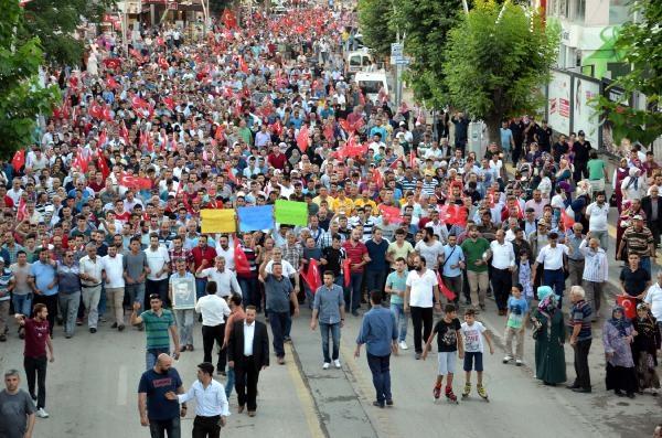 Yurttan darbe girişimi protestoları galerisi resim 24