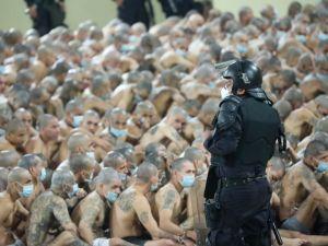 Mahkumlara insanlık dışı hücre hapsi