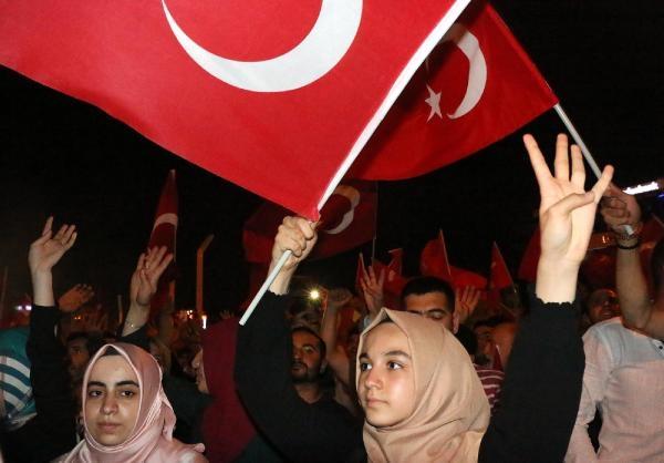 Taksim'de darbe girişimi protestosu galerisi resim 4