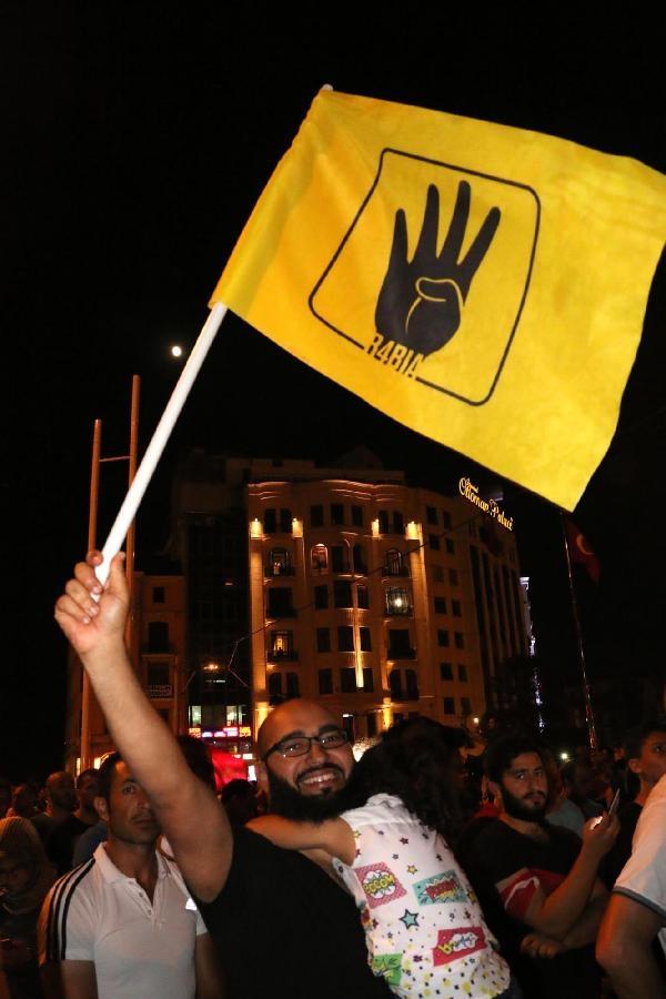 Taksim'de darbe girişimi protestosu galerisi resim 8