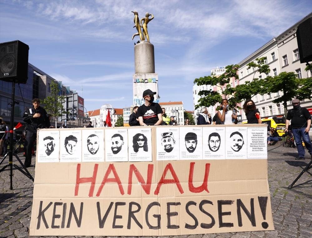 Berlin'de ırkçılık protestosu galerisi resim 1