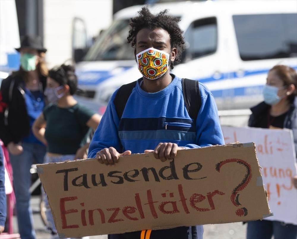 Berlin'de ırkçılık protestosu galerisi resim 18
