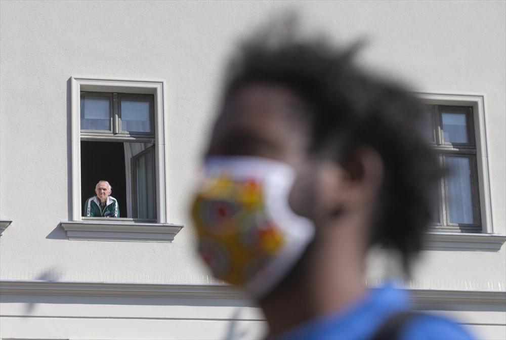 Berlin'de ırkçılık protestosu galerisi resim 5