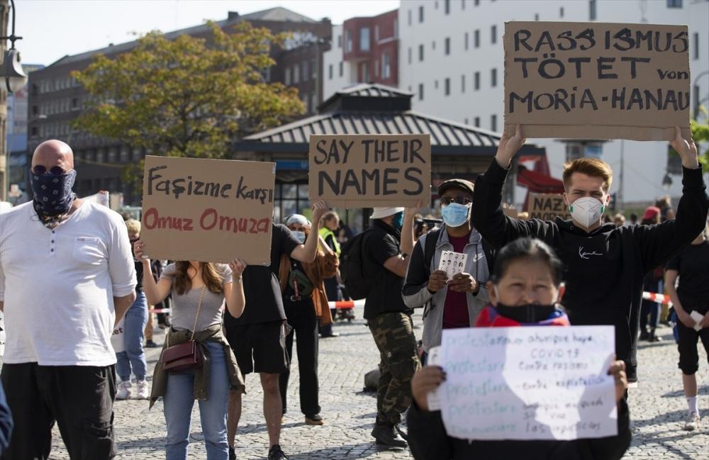 Berlin'de ırkçılık protestosu galerisi resim 8