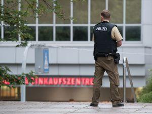 Münih'te terör saldırısı: 10 ölü