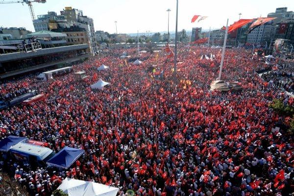 CHP'nin Taksim mitingine ilgi büyük oldu galerisi resim 1