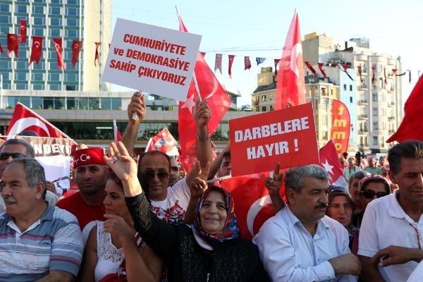 CHP'nin Taksim mitingine ilgi büyük oldu galerisi resim 3