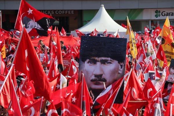 CHP'nin Taksim mitingine ilgi büyük oldu galerisi resim 5