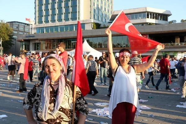 CHP'nin Taksim mitingine ilgi büyük oldu galerisi resim 6
