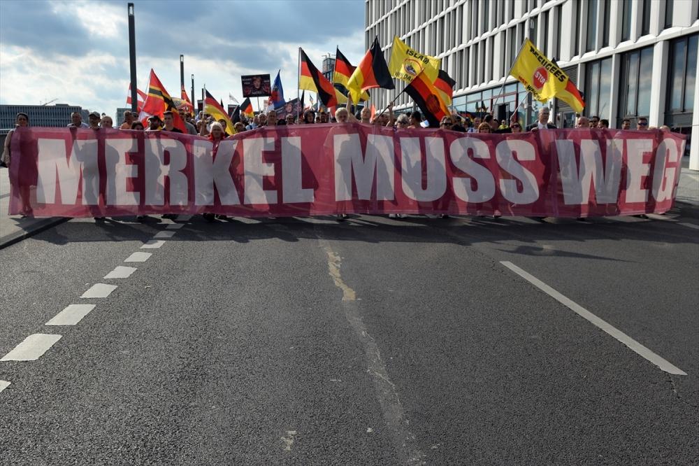 'Almanya'yı sevmeyen Almanya'yı terk etsin' galerisi resim 7