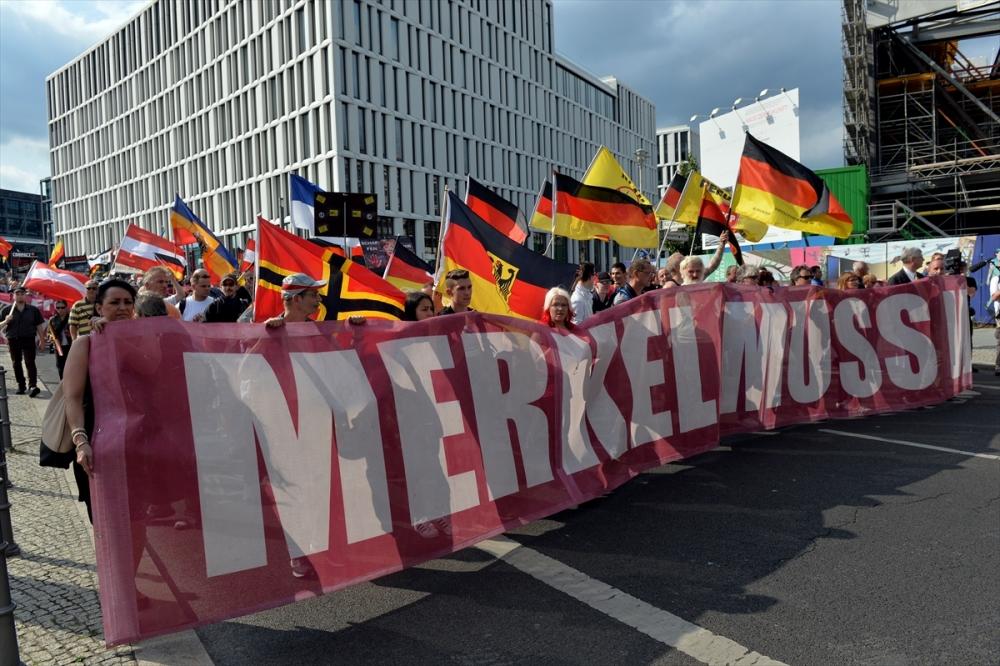 'Almanya'yı sevmeyen Almanya'yı terk etsin' galerisi resim 8