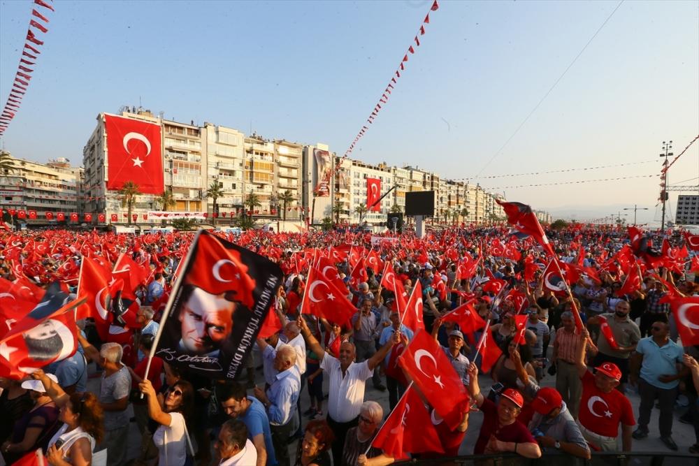 İzmir'de 'Cumhuriyet ve Demokrasi' coşkusu galerisi resim 18