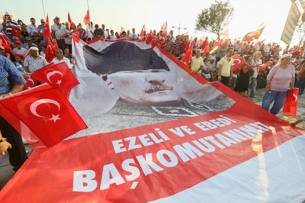 İzmir'de 'Cumhuriyet ve Demokrasi' coşkusu galerisi resim 22