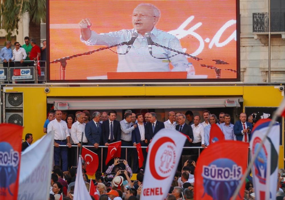 İzmir'de 'Cumhuriyet ve Demokrasi' coşkusu galerisi resim 23