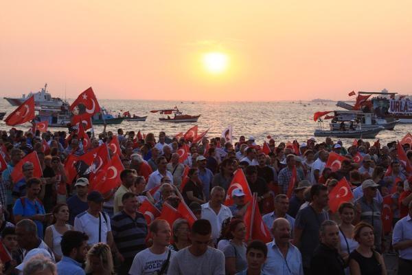 İzmir'de 'Cumhuriyet ve Demokrasi' coşkusu galerisi resim 32
