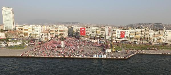 İzmir'de 'Cumhuriyet ve Demokrasi' coşkusu galerisi resim 33