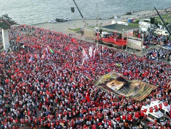 İzmir'de 'Cumhuriyet ve Demokrasi' coşkusu galerisi resim 36