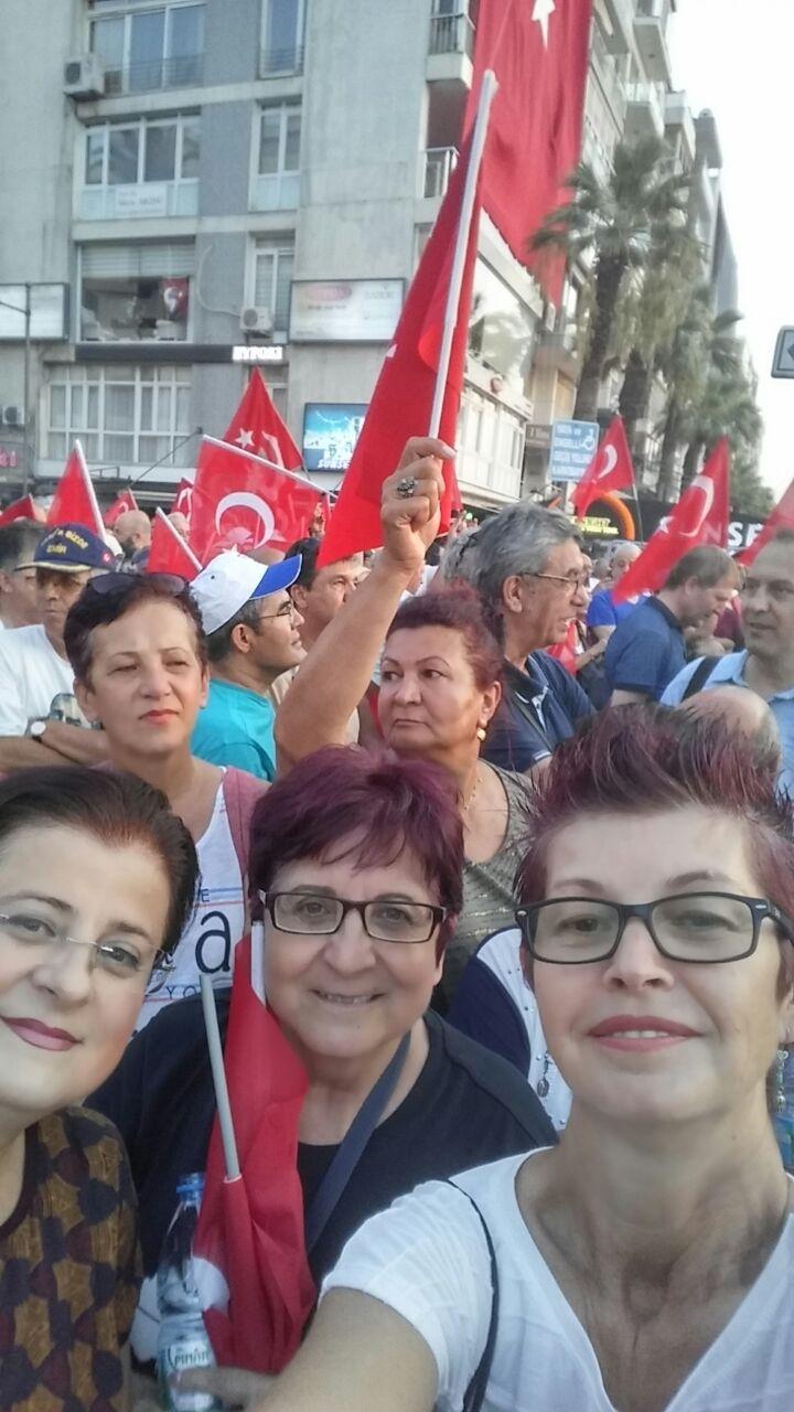 İzmir'de 'Cumhuriyet ve Demokrasi' coşkusu galerisi resim 43