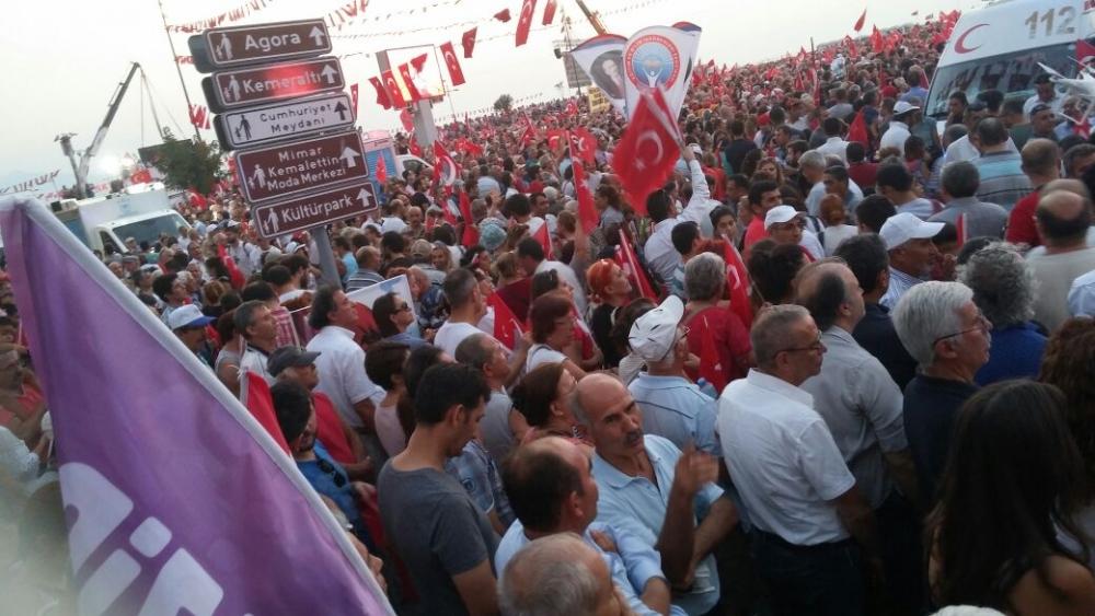 İzmir'de 'Cumhuriyet ve Demokrasi' coşkusu galerisi resim 45
