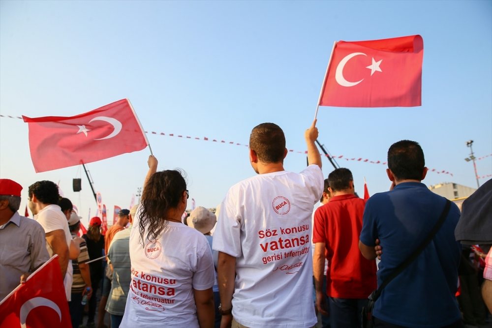 İzmir'de 'Cumhuriyet ve Demokrasi' coşkusu galerisi resim 7