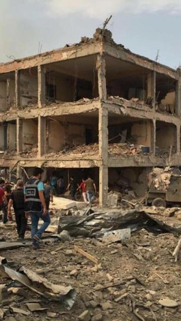 Cizre'de hain saldırı: 8 şehit galerisi resim 5