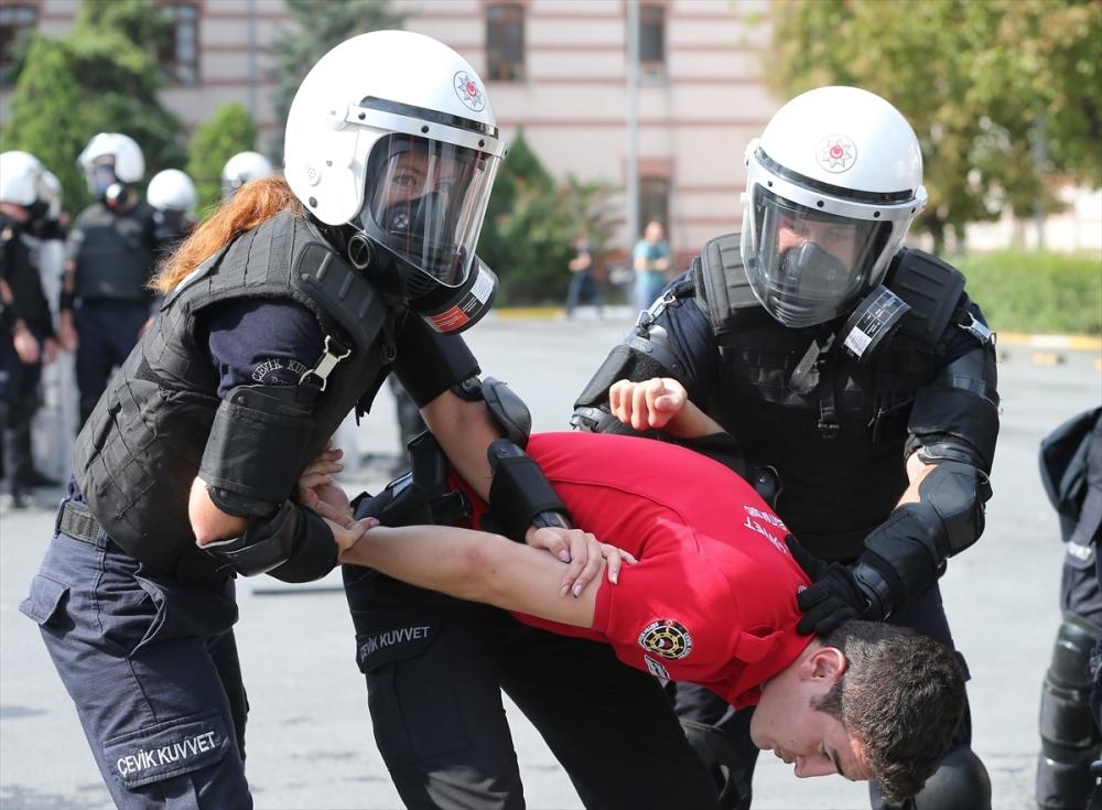 Ukraynalı polislere Türkiye'de eğitim galerisi resim 11