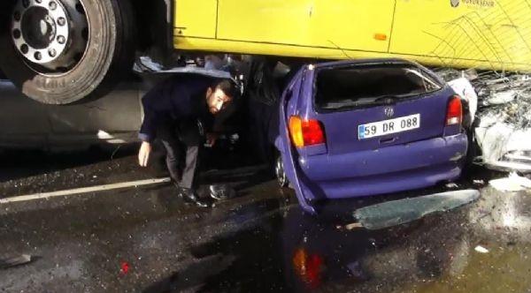 Acıbadem'de metrobüs yoldan çıktı: 11 yaralı galerisi resim 5