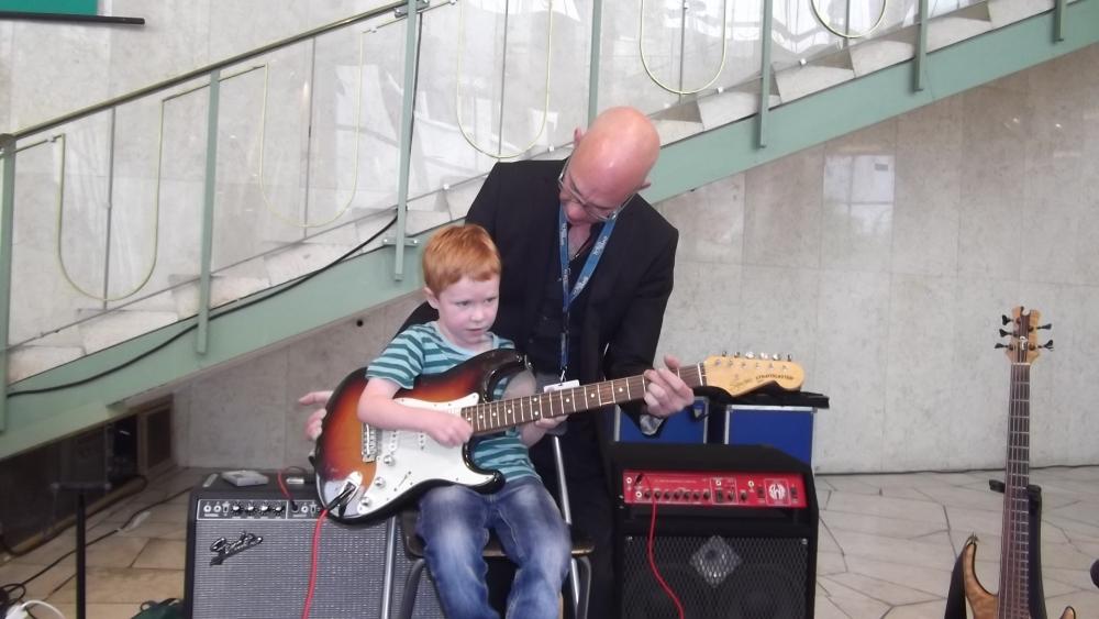 Çocuklara müzik sevgisi aşılandı galerisi resim 6