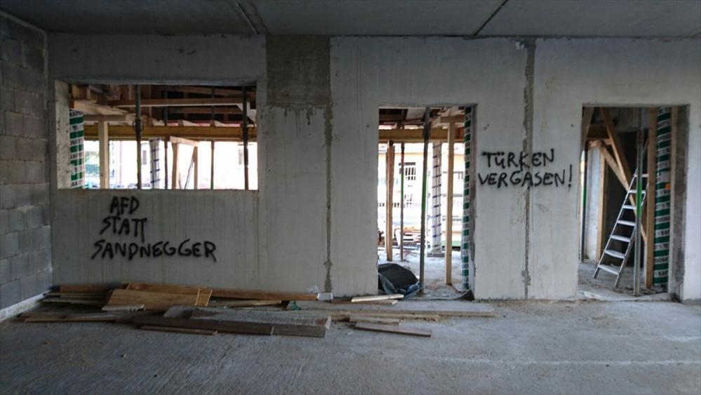 Almanya'da camiye çirkin saldırı galerisi resim 6