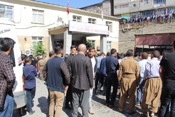Türkiye şehitlerine ağlıyor galerisi resim 19