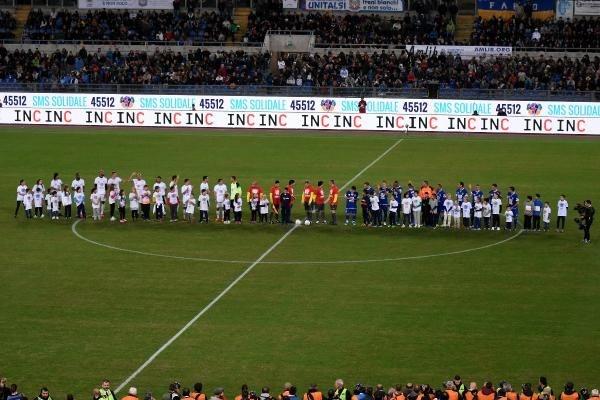 Barış maçında Maradona gerginliği galerisi resim 2