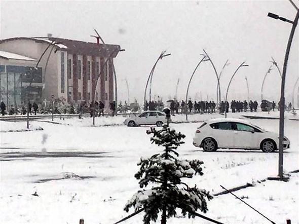 Türkiye güne karla uyandı galerisi resim 16