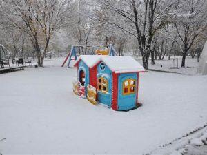 Türkiye güne karla uyandı