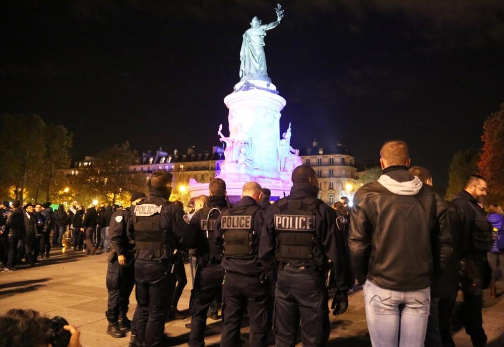 Fransa'da polisler direnişte galerisi resim 1