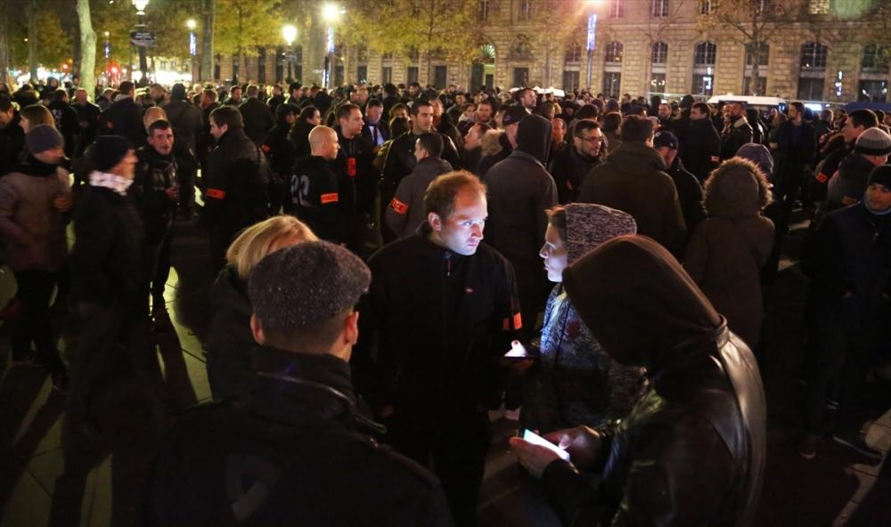 Fransa'da polisler direnişte galerisi resim 2