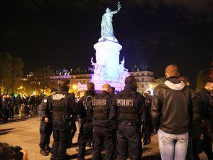 Fransa'da polisler direnişte