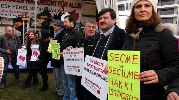 Almanya'daki Türklerden seçme hakkı talebi galerisi resim 2