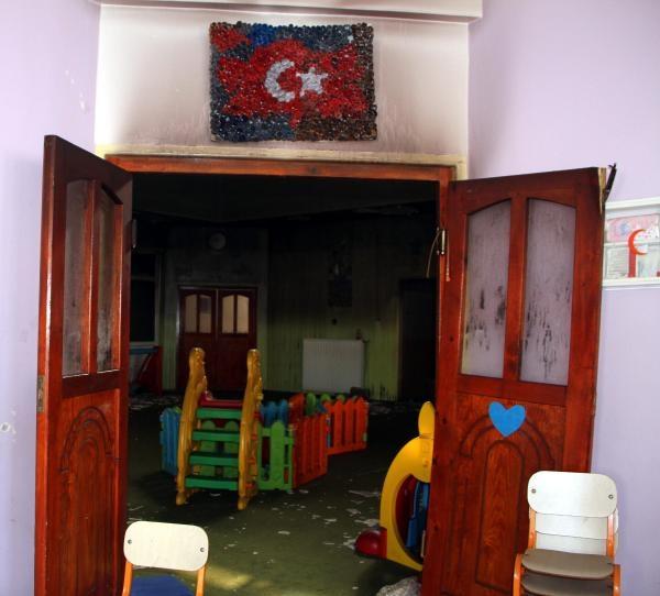 Van'da anaokuluna terör saldırısı galerisi resim 7