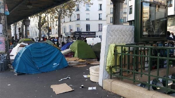 Burası Paris'in merkezi galerisi resim 1
