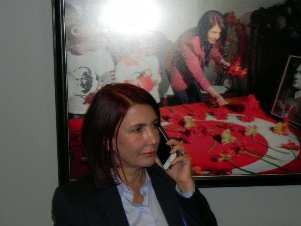 CHP'li Başkan'ın makam aracı kurşunlandı galerisi resim 3
