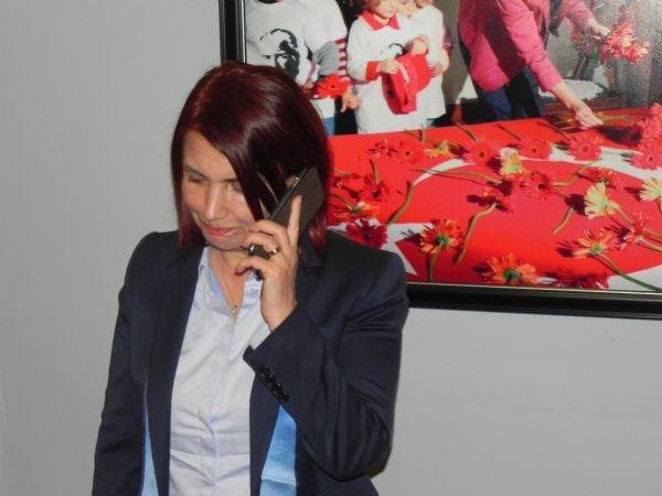 CHP'li Başkan'ın makam aracı kurşunlandı galerisi resim 6