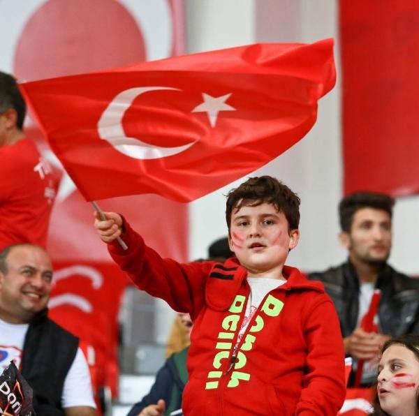 Türkiye-Kosova maçından kareler galerisi resim 1