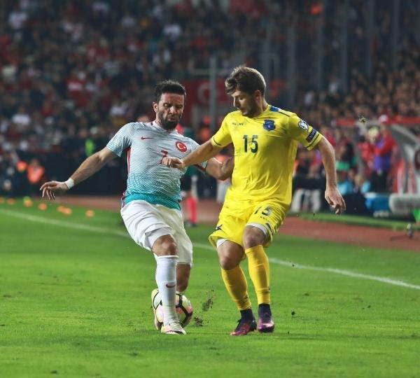 Türkiye-Kosova maçından kareler galerisi resim 14
