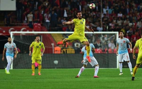 Türkiye-Kosova maçından kareler galerisi resim 24